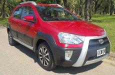 Toyota Etios 5pts Cross U/Mano
