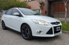 Ford Focus III 2.0 Sedan 4pts Titanium Mt