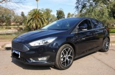 Ford Focus III 2.0 Titanium 5pts AT6  en garantía